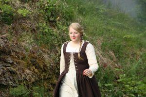 Die Hexe verwandelt sich: 1. - Die hübsche Apfel-Frau