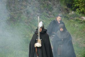 Die Hexe verwandelt sich: 3. - Die schwarzen Ritter